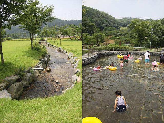 왼쪽 그림은 잔디를 가로질러 냇물이 흐르고 있는 모습이고, 오른쪽 그림은 아이들이 물놀이를 하고 있는 모습이다.