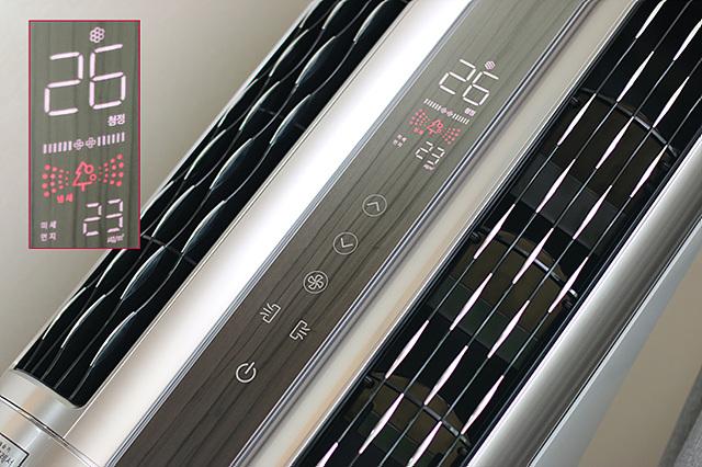 LG 휘센 듀얼 에어컨 중앙에 반영되어 있는 공기청정 디스플레이의 모습이다.