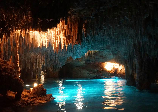 칸쿤 동굴 탐험 모습