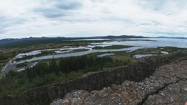LG 360 캠으로 담은 아이슬란드 싱벨리어 국립공원의 모습입니다.