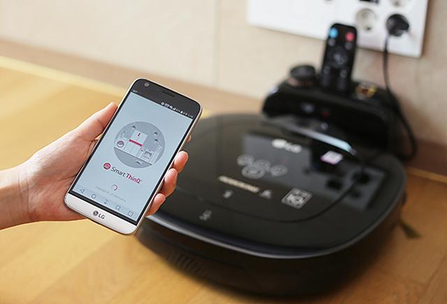 SmartThinQ앱과 LG 로보킹을 연결할 수 있습니다.