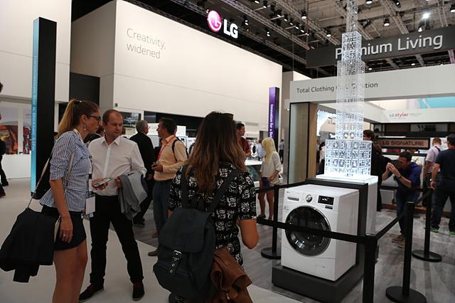 센텀 시스템(Centum System)을 적용한 LG 저진동 드럼세탁기