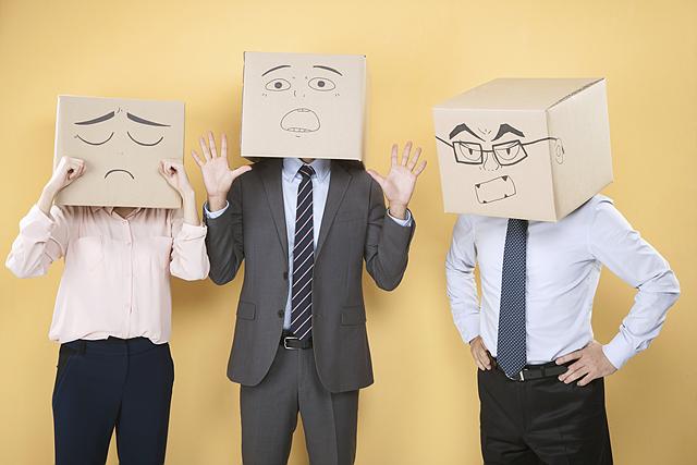 스트레스를 주는 상사와 함께 살아가는 법은 무엇일까요?