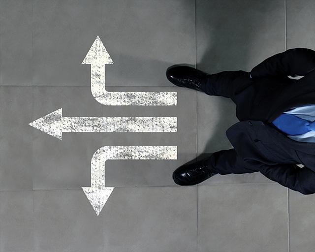 순간의 선택이 평생을 좌우한다'라는 말처럼 첫 부서의 선택이 평생 커리어를 좌우한다고 해도 과언이 아닙니다.