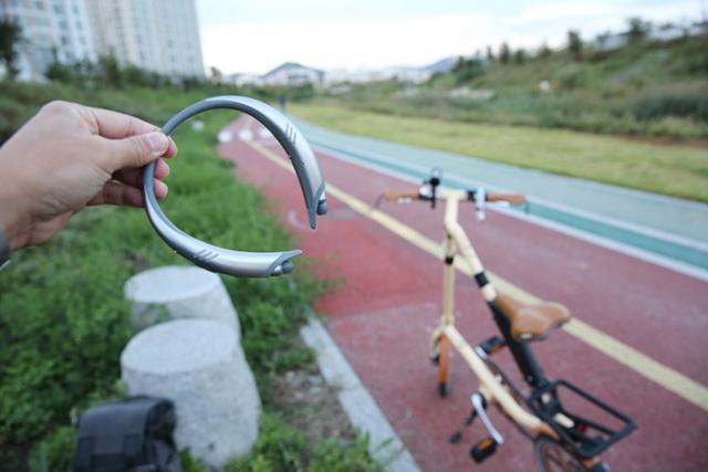 자전거 라이딩에 함께한 톤플러스 액티브 HBS-A100
