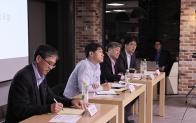 LG 휴대폰 경영진과 모바일의 내일을 논하다
