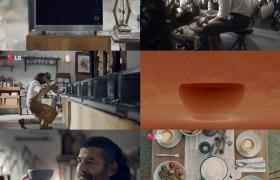 세계적 도예가 다니엘 레스(Daniel Les)가 LG 광파오븐으로 도자기 그릇을 굽는 데 성공했다. LG전자의 '스마트 인버터 광파오븐'은 강력한 출력과 섬세한 온도 조절이 가능하다