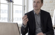 세계적 산업디자이너 톨스텐 밸루어, 손 안의 '풀비전' 구현한 LG G6 극찬