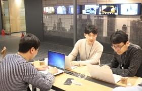 LG전자 한국영업본부 직원들이 서울 중구 후암동에 있는 'LG 서울역 빌딩' 내 '현장 중심'의 영업직군 특성을 고려한 맞춤형 공간에서 업무를 하고 있다.