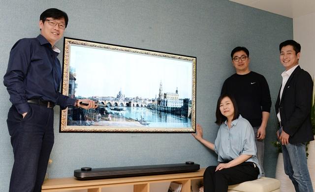 왼쪽부터 허병무 수석연구원, 박선하 수석연구원, 김윤수 선임연구원, 김유석 수석연구원
