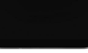 LG전자는 18:9 화면비의 올레드 디스플레이를 제품 전면부에 꽉 채운 '올레드 풀비전(OLED FullVision)'을 하반기 전략 프리미엄 스마트폰에 적용한다. 베젤을 크게 줄이고 전면 하단의 LG 로고를 후면에 배치해 화면 외에 아무것도 남기지 않은 극한의 미니멀리즘 디자인을 구현했다.