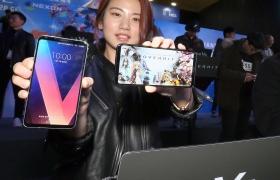 '지스타 2017'에서 게이머 사로잡은 LG V30