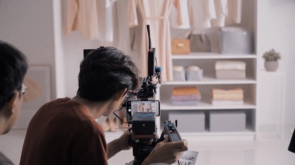 'LG V30'로 찍은 'LG 트롬 스타일러' 광고 촬영 현장