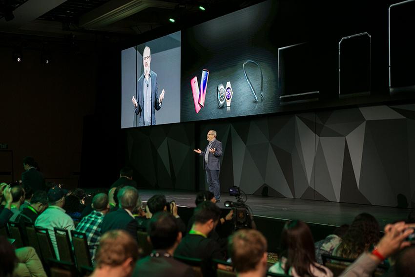 구글 어시스턴트 개발 총책임자 '스콧 허프만'은 구글과 LG전자의 협력을 소개