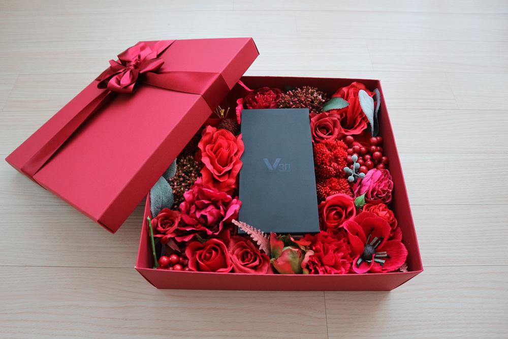 LG V30 라즈베리 로즈 발렌타인데이 선물