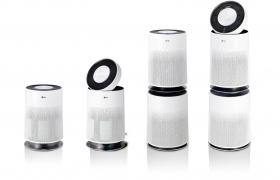 대만의 한 전자매장에 전시되어 있는 LG 퓨리케어 360° 공기청정기. LG 퓨리케어 공기청정기의 작년 해외 매출은 LG 퓨리케어 360° 공기청정기 덕분에 2016년 대비 3배 가량 증가했다. LG전자는 LG 퓨리케어 공기청정기·제습기의 출시 국가를 연내 30개국으로 확대한다는 계획이다.