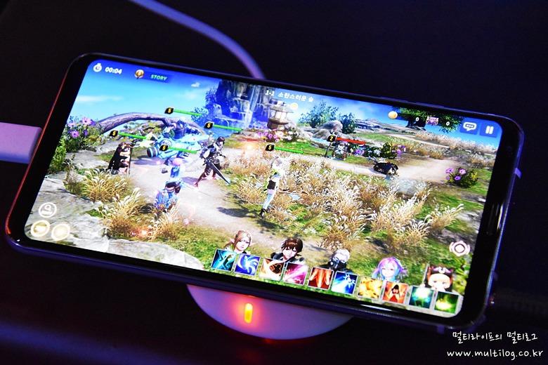 LG V30의 게임 화면