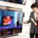 LG전자가 3일부터 이달 말까지 신제품을 다양한 혜택과 함께 구매할 수 있는 'LG TV 특별전'을 진행한다. LG전자 모델들이 LG 베스트샵 매장에서 LG 올레드 TV를 살펴보고 있다.