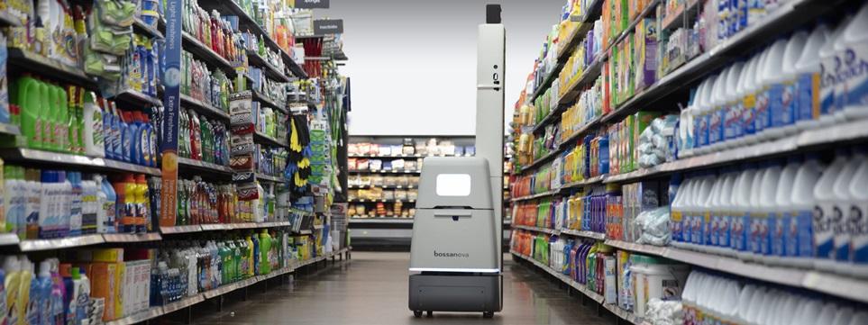 LG전자가 최근 美 로봇개발업체인 '보사노바 로보틱스(BossaNova Robotics)'에 3백만 달러를 투자했다. LG전자가 해외 로봇개발업에체 투자한 것은 이번이 처음이다. 사진은 보사노바 로보틱스가 운영중인 매장관리 로봇.