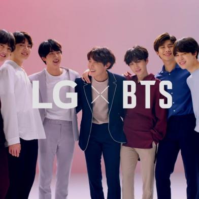 LG전자가 지난 달 3일 공개한 방탄소년단의 LG G7 ThinQ 동영상 광고들이 유튜브, 페이스북, 인스타그램과 트위터 등 온라인에서 50일만에 총 1억 5천만 뷰를 돌파했다. 1초에 약 35명이 방탄소년단이 출연한 LG G7 ThinQ 광고 동영상을 클릭한 셈이다. 방탄소년단이 소개한 LG G7 ThinQ 소개 영상 캡처화면.