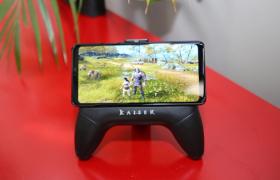 'LG G7 <sup>ThinQ</sup>'로 모바일 게임을 하면 더 즐거운 이유!