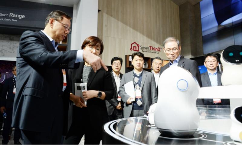 LG전자가 로봇 사업을 하는 이유
