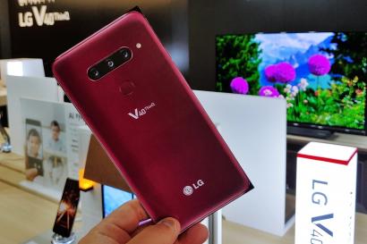 가로수길에서 LG V40 <sup>ThinQ</sup>의 매력에 빠지다!