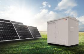 LG전자 100kW급 태양광 발전용 올인원 ESS 제품 사진
