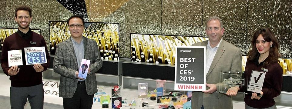 최고TV(Best TV Product)로 선정된 LG 시그니처 올레드 TV R