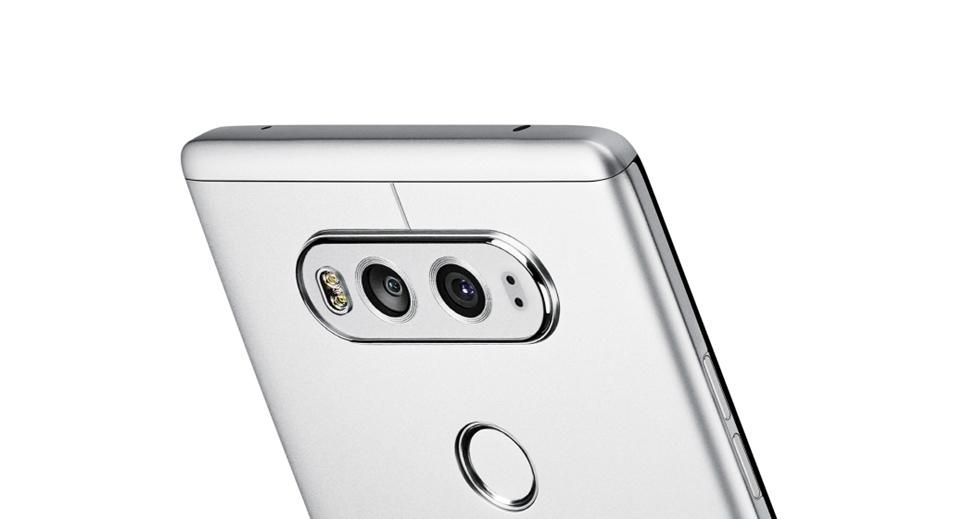 카툭튀 없는 LG G8 ThinQ의 후면 카메라
