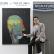 LG전자가 초프리미엄 빌트인 시그니처 키친 스위트 논현 쇼룸 오픈 2주년을 맞아 28일부터 3주간 배우 하정우씨의 작품을 전시한다. 하정우씨가 자신의 그림을 소개하고 있다.