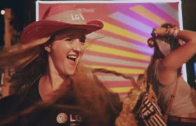 美 셀럽들의 픽! '네온 카니발 축제'에서 만난  LG G8 ThinQ와 LG V50 ThinQ