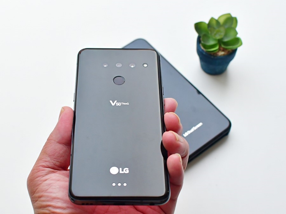 여름휴가 LG V50 ThinQ와 LG 듀얼 스크린 함께!