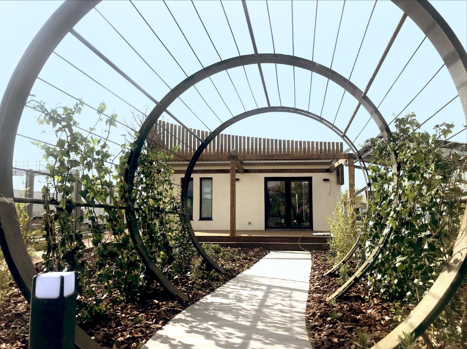 LG전자가 최근 스페인 마드리드에 혁신적이고 환경 친화적 가옥인 'LG 홈(LG Home)'을 선보였다. 사진은 'LG 홈'의 모습