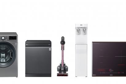 올해의 녹색상품으로 선정된 LG전자 제품 7종. 왼쪽부터 트롬 스타일러, 트롬 드럼세탁기, 디오스 식기세척기, 코드제로 A9, 퓨리케어 정수기, 디오스 전기레인지, 디오스 노크온 매직스페이스 냉장고