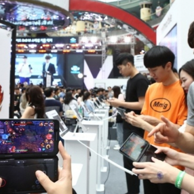 게임 좀 한다는 사람들 모여라! LG V50 ThinQ 게임 페스티벌