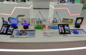 "'LG V50S ThinQ·LG 듀얼 스크린'은 ""우리가 본 가장 실용적인 방식""…IFA 2019서 쏟아진 '好評'"