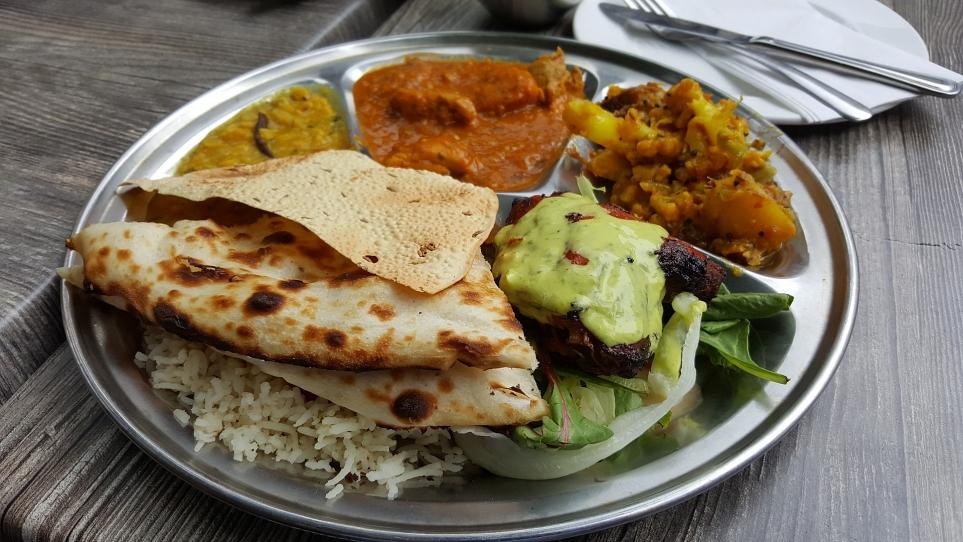 LG 요리 경연대회에서 LG 광파오븐으로 만든 다양한 인도 요리