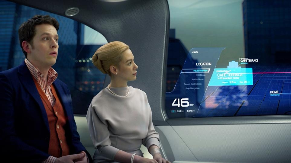 CES 2020 LG전자 부스 'LG ThinQ Home(LG 씽큐 홈)' 존의 커넥티드 카를 체험하고 있는 방문객 모습