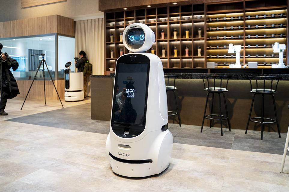 CES 2020에서 선보인 LG전자 클로이봇 모습 2
