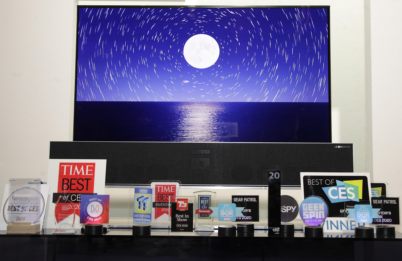LG전자가 선보인 혁신 제품과 서비스들이 CES 2020에서 총 119개의 어워드를 받았다. 특히 TV 제품이 전체 어워드 가운데 절반 이상을 차지하며 기술 리더십을 인정받았다.