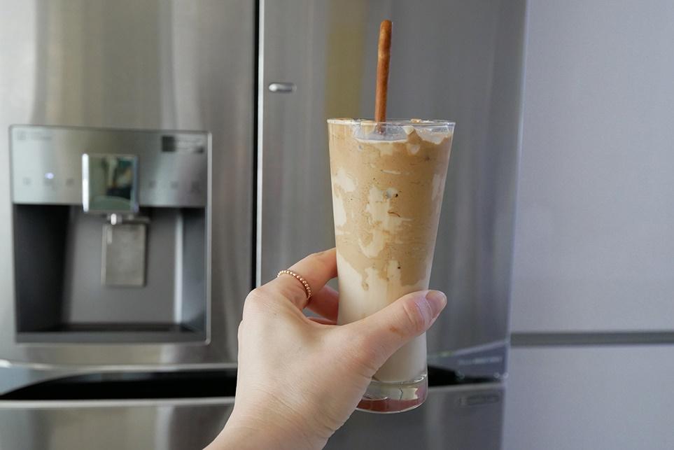 달고나 커피를 만든 모습