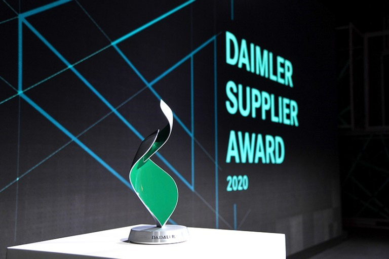 '다임러 AG(Daimler Automotive Group)' 어워드 상패