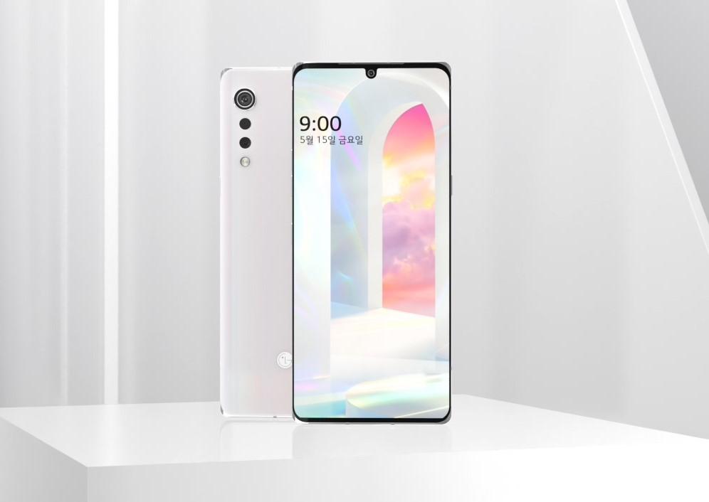 LG전자가 19일 공식 유튜브 채널에 전략 스마트폰 'LG 벨벳(LG VELVET)'의 디자인 영상을 공개했다.