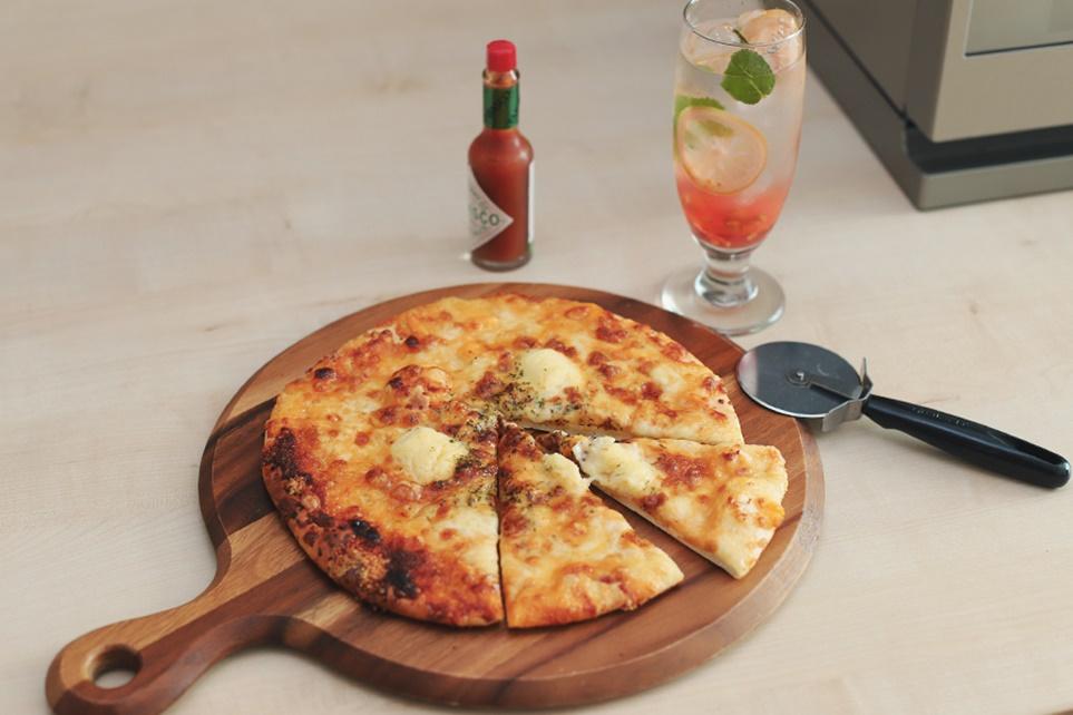 LG DIOS 광파오븐으로 조리한 피자