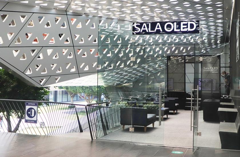 LG전자가 멕시코국립영화관 시네테카나시오날(Cineteca Nacional) 내에 LG 올레드 TV 전용 상영관인 살라올레드(SALA OLED)를 열었다. 사진은 LG 올레드 TV 상영관 입구.