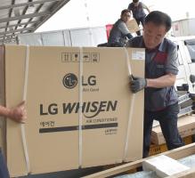 """성수기 맞은 LG 휘센 에어컨 """"작년만큼 바빠요"""""""