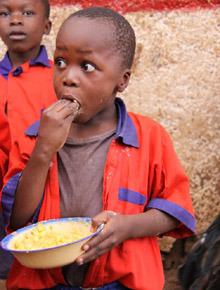 케냐 슬럼가 아이 사진