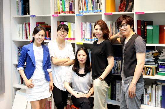 스마트 메뉴얼 개발팀 단체 사진