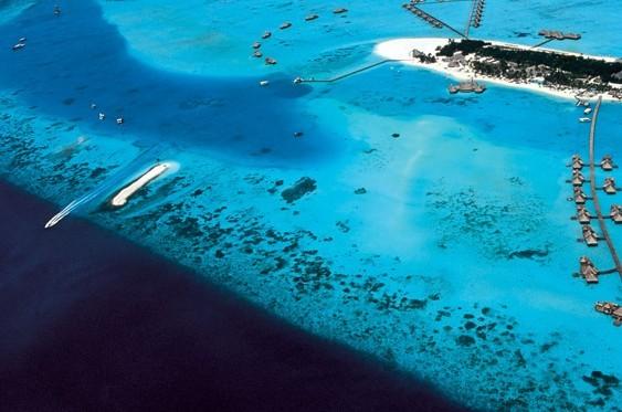 몰디브 섬 전경